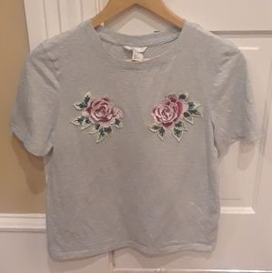 🌹 H&M Floral Rose Gray Tee T Shirt Top Size XS